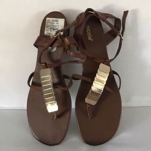 Nicole sandals size 11 EUC brown/ gold